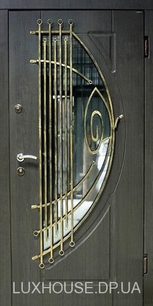 dveri_s_kovkoy_М32