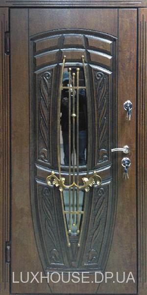 dveri_s_kovkoy_monako