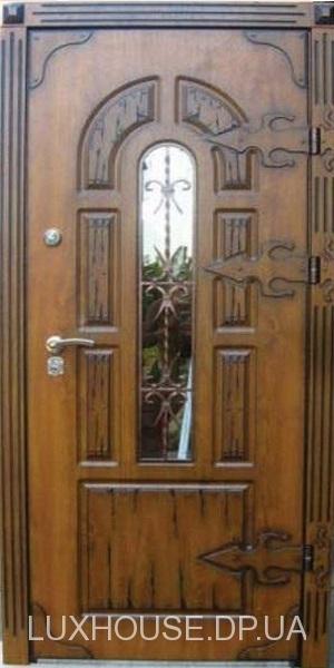 dveri_s_kovkoy_praga